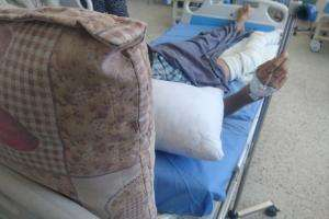 A patient treated by MSF for injuries caused by an airstrike in northeast Syria