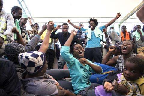The MSF ship Dignity 1 rescued 435 refugees from the sea