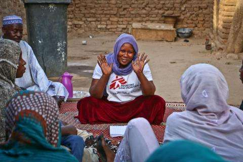 MSF lead health promotion session with refugee women from CAR