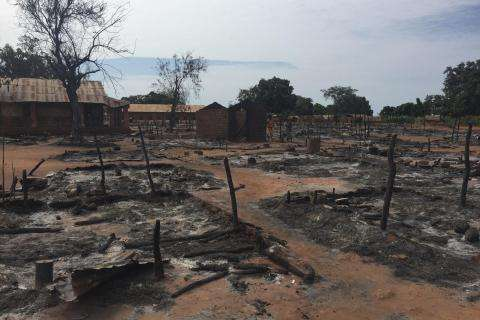 5,000 still displaced in MSF-supported Batangafo Hospital